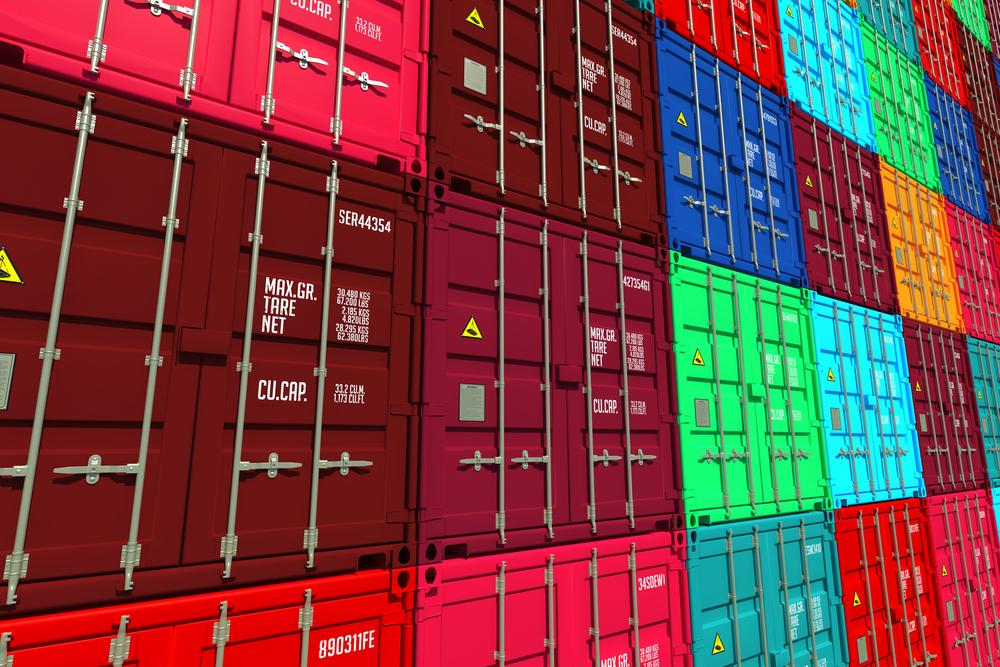 Advantages and Disadvantages of the Logistics Sector